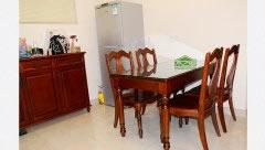客厅餐桌_定制餐边柜